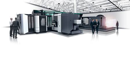 Up to eight machines and up to five setup stations can be integrated into a linear pallet pool.